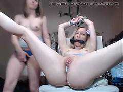 That Babe is clapping and licking her vagina