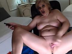 Exoticgiselle masturbate in web