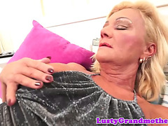 Facialized gilf likes getting pounded