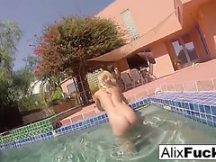 Breasty blondes alix &menacing cherie go skinnydipping