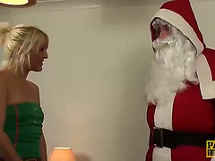 Uk subslut hammered and fed with semen by maledom santa