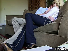 Living room sex with the hawt blond courtney taylor