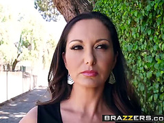 Brazzers fearsome-threatening mama got titties threatening-fearsome stay away from my daughter scen