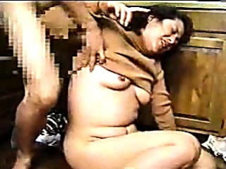 Porno Video of Japanese Mom And Son's Friend 7