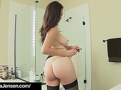 Penthouse pet jelena jensen finger bangs her creamy cunt!