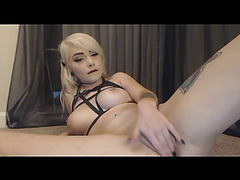 Excited glamorous golden-haired toys booty and love tunnel so hard live show