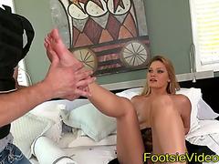 Fetish doxies feet jizzy
