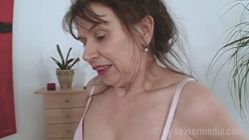 Sex oma