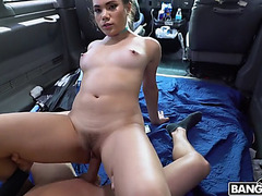 Keilani kita widen legs and got trimmed fur pie team-fucked