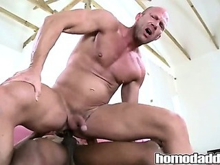 Porno Video of Homodaddy Huge Cock In Ass
