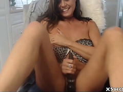 Older hawt mother i'd like to fuck cumming