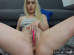 Bella blonda fingering indecent anal opening