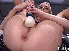 Solo chick squirting during machine session