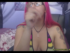 Large assed pink haired chick solo cam