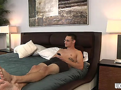 Muscle homosexual anal sex with cum exchange