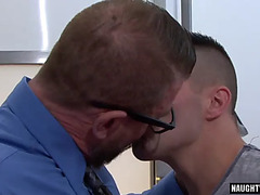 Massive 10-Pounder dad anal sex with spunk fountain