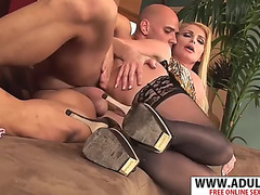 Crumb stepmom taylor wane wishes to fuck phat touching dad&#39s ally