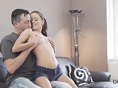 Old4k.threatening aged guitarist makes love with slim brunette hair on