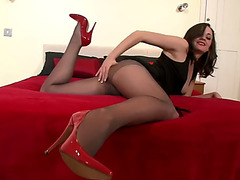 Kelly maddison solo in hose