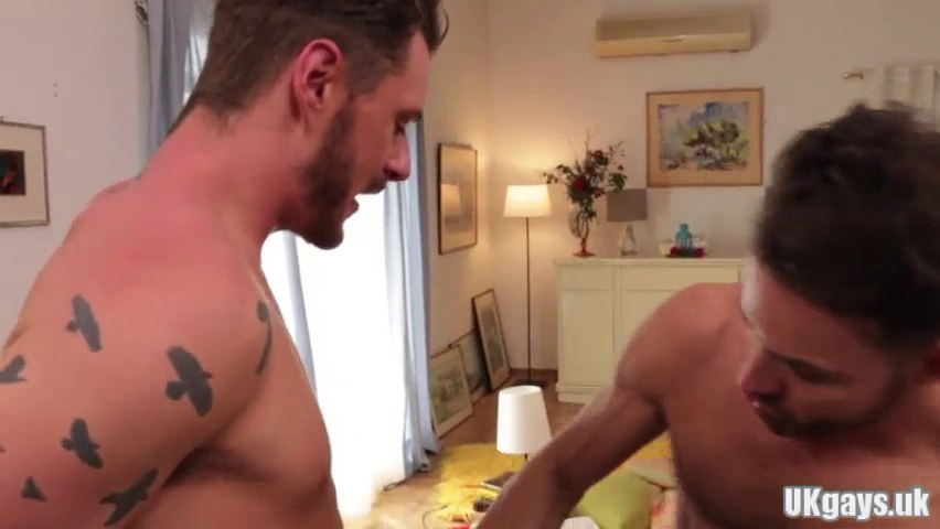 Muscle homo flip flop with facial sperm
