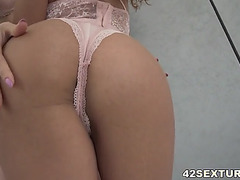 Lilu moon and liv revamped share a jock anally