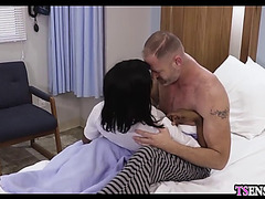 Fake nurse swarthy shelady anal bonks a panic patient