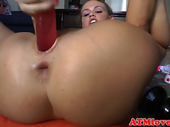 Gaping sweetheart masturbating in closeup