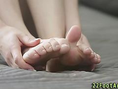 Gals hawt feet adored