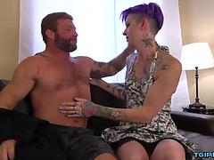 Sexy lady-boy hardcore anal with spunk fountain