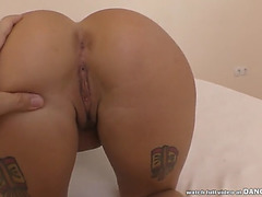 Curvy babe takes a large penis in pov