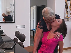 Older nl lady sextasy and vickie love
