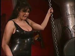 Hawt mother i'd like to fuck!threatening dominatrix-bitch!