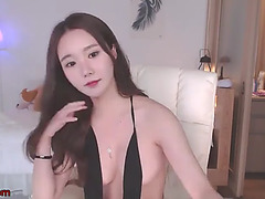 Korean super hawt model striptease