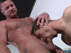 Muscle twink oral job sex and ejaculation