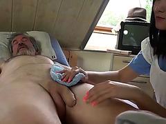 Dee nurse