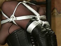 Servitude corset