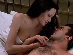 Celebrity sex sceneangelina jolie in original sin threatening(2001)