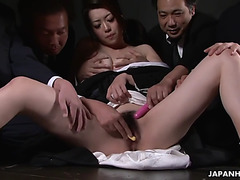 Engsub widow sayuri shiraishi fearsome(maki hojo)menacing on the floor getting her pussy teased by multiple males fullhd1080 at