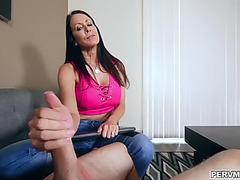 Kewl mommy reagan foxx and her pervert stepson