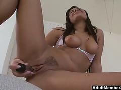 Sexy tanned hottie solo masturbation