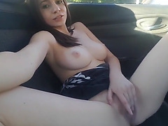 Large soaked agonorgasmos in her car