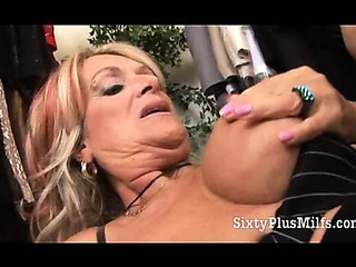 Porno Video of Experienced Gilf Pussy Crammed