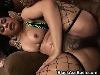 Porno Video of Black Girls Fucked In The Ass In A Threesome