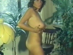 Breasty and juicy by herself two uschi digart
