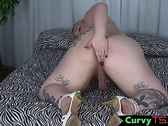 Corpulent ladyman cums after masturbating