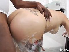 Creamy cuban cum-hole