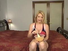 Charlee pursue abdomen stuffing