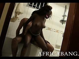Porno Video of Amateur Ebony Big Cock Fucking And Facial Finale