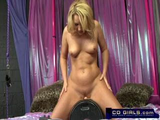 Sex Movie of Flower Tucci Squirting Sybian Orgasm