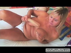 Blonde chubby granny doing a solo